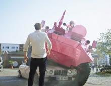 TNT Glitz Pink Panzer 2014